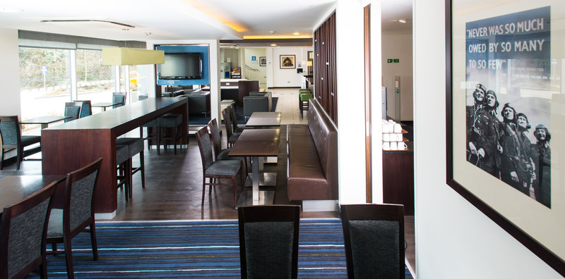 Holiday Inn Express Cambridge - Duxford M11, Jct.10-Guest Lounge<br/>Image from Leonardo