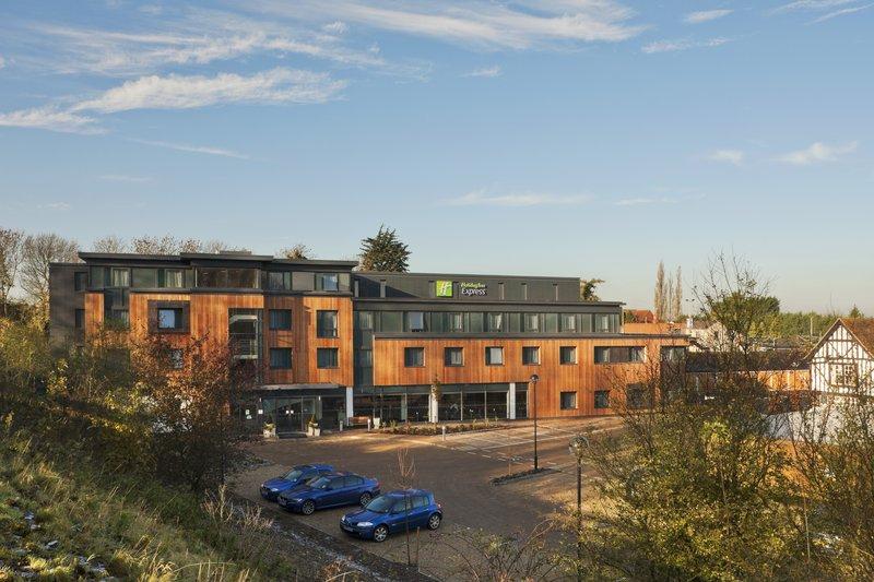 Holiday Inn Express Cambridge - Duxford M11, Jct.10-Hotel Exterior<br/>Image from Leonardo