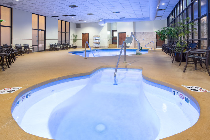 Crowne Plaza Denver Airport Convention Center-Hot Tub<br/>Image from Leonardo