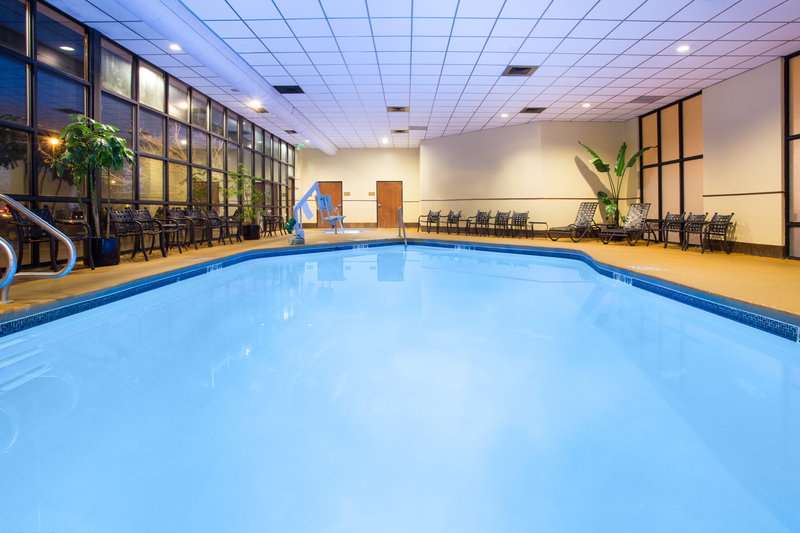 Crowne Plaza Denver Airport Convention Center-Swimming Pool<br/>Image from Leonardo