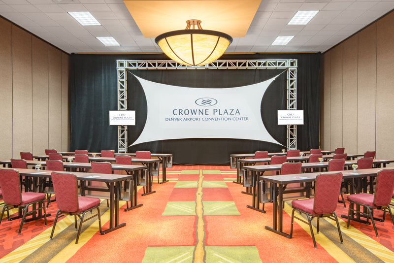 Crowne Plaza Denver Airport Convention Center-Steamboat Meeting Room<br/>Image from Leonardo