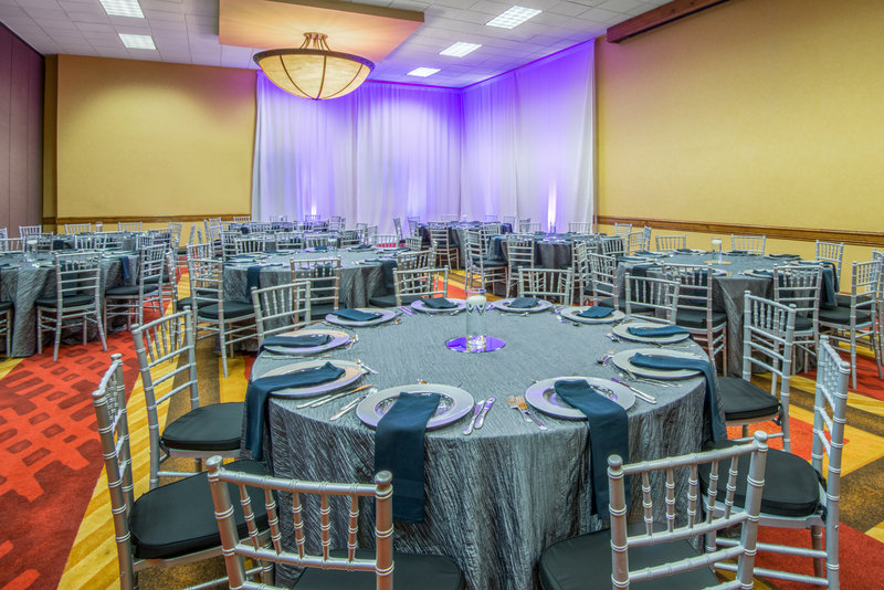 Crowne Plaza Denver Airport Convention Center-Breckenridge Meeting Room<br/>Image from Leonardo