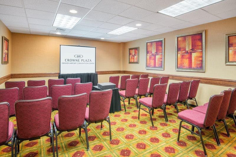 Crowne Plaza Denver Airport Convention Center-Frisco Meeting Room<br/>Image from Leonardo