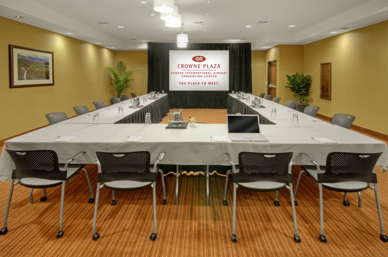Crowne Plaza Denver Airport Convention Center-U style is perfect for your next conference.<br/>Image from Leonardo