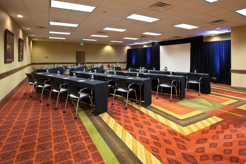 Crowne Plaza Denver Airport Convention Center-Meeting Room<br/>Image from Leonardo