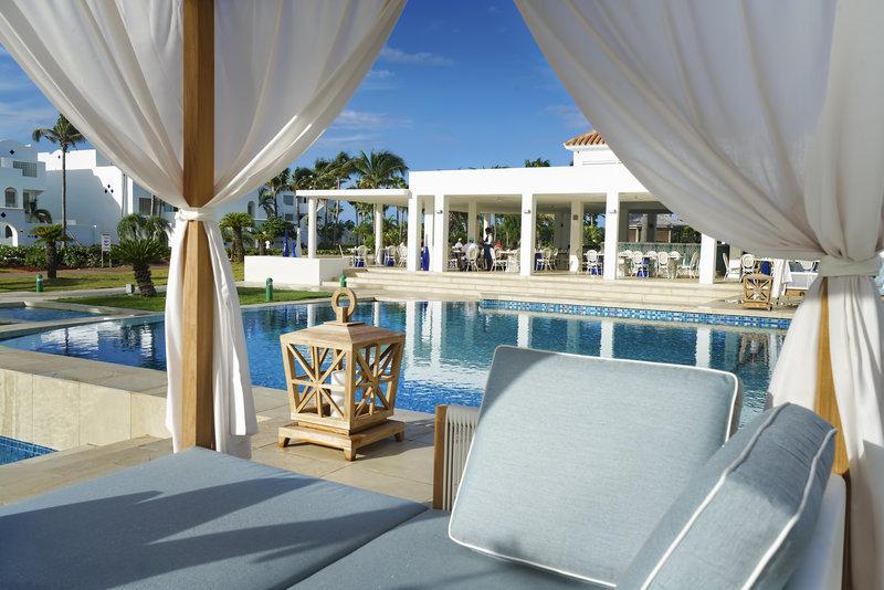 CuisinArt Golf Resort & Spa.-CuisinArt Pool and Mosaic Restaurant<br/>Image from Leonardo