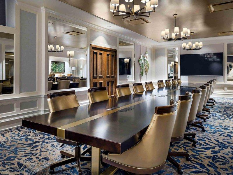 The Fairmont Empress-Meeting Room<br/>Image from Leonardo