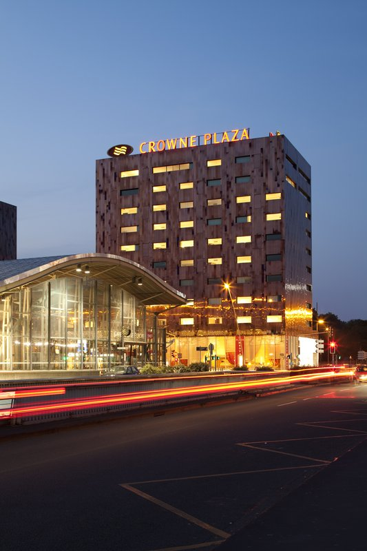 Crowne Plaza Lille - Euralille-The house of Brightness...<br/>Image from Leonardo