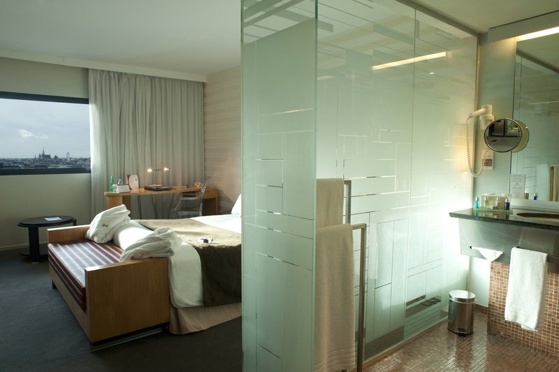 Crowne Plaza Lille - Euralille-Executive Room<br/>Image from Leonardo
