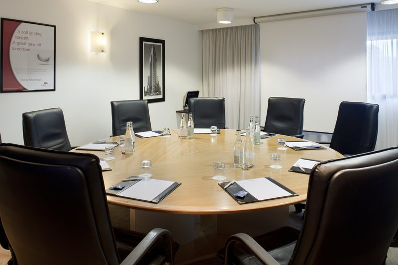 Crowne Plaza Lille - Euralille-Boardroom for directors private issues<br/>Image from Leonardo