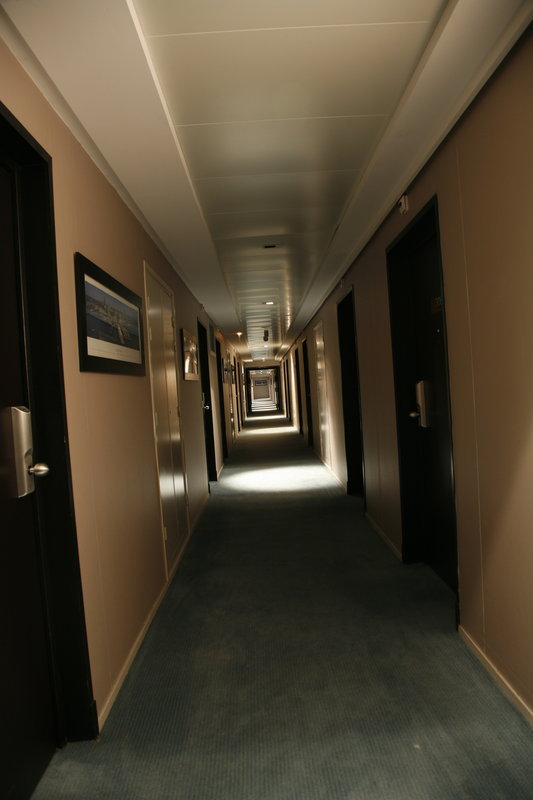 Crowne Plaza Lille - Euralille-Rooms corridors are very quiet and safe<br/>Image from Leonardo