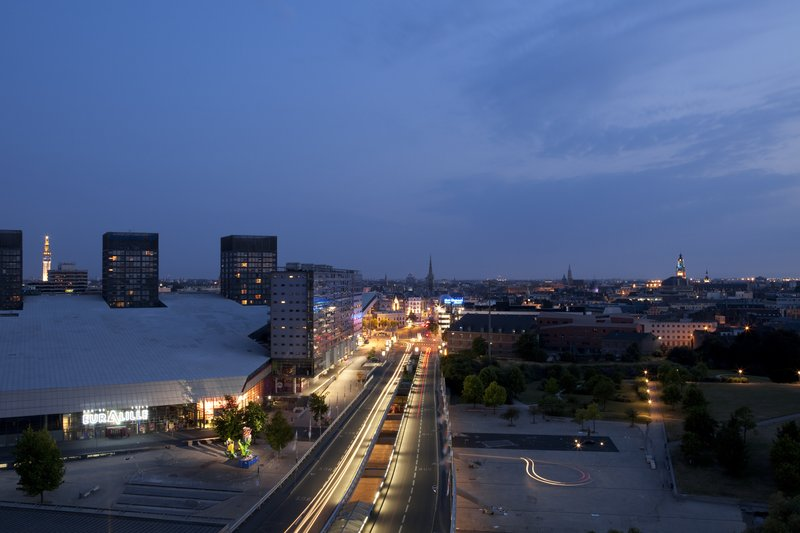 Crowne Plaza Lille - Euralille-Beautiful view on top floor overlooking the city of Lille.<br/>Image from Leonardo