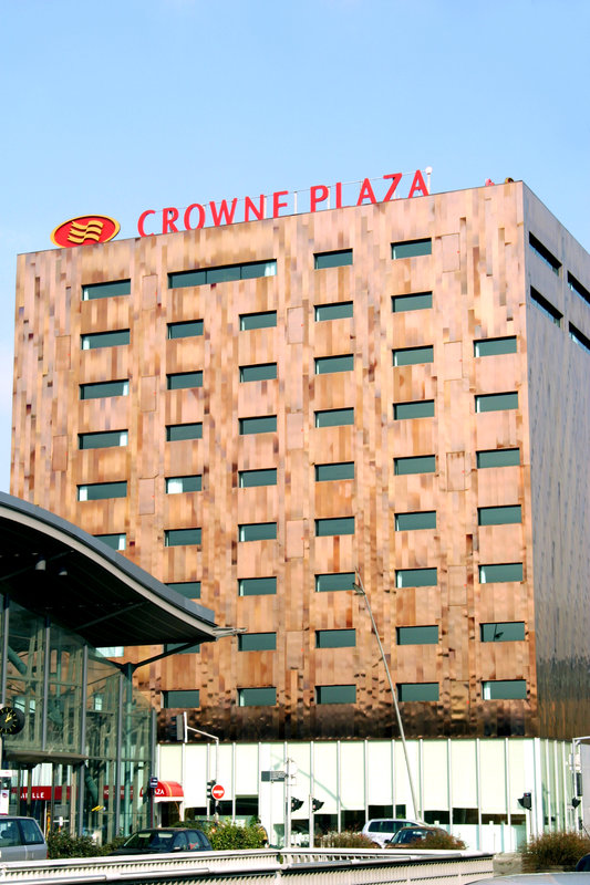 Crowne Plaza Lille - Euralille-The Crowne Plaza Lille hotel opposite Eurostar station<br/>Image from Leonardo