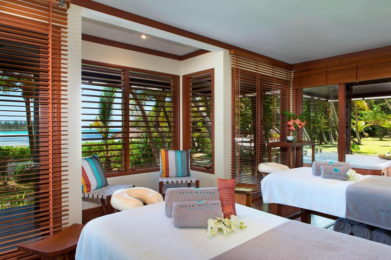 Le Meridien Ile Des Pins-Deep Nature Spa - treatment Room and jaccuzzi<br/>Image from Leonardo