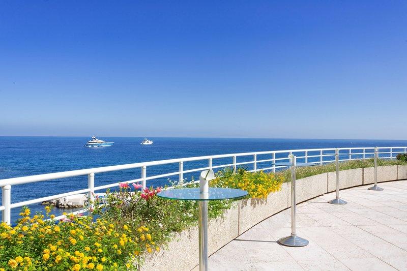 Le Meridien Beach Plaza-Sea Club Terrace 5th floor<br/>Image from Leonardo