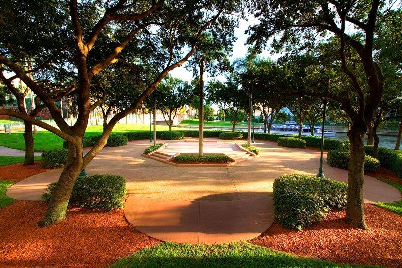 Walt Disney World Swan - Crescent Terrace <br/>Image from Leonardo