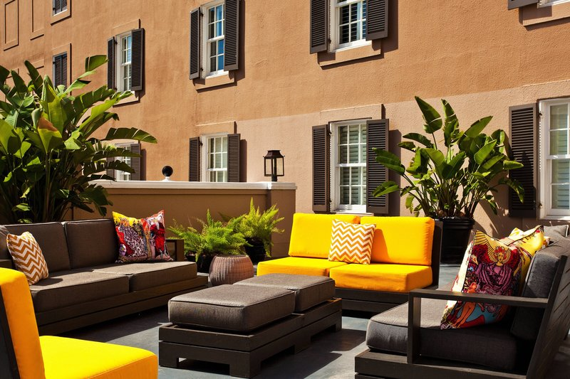 W New Orleans - French Quarter - Courtyard - Sundeck <br/>Image from Leonardo