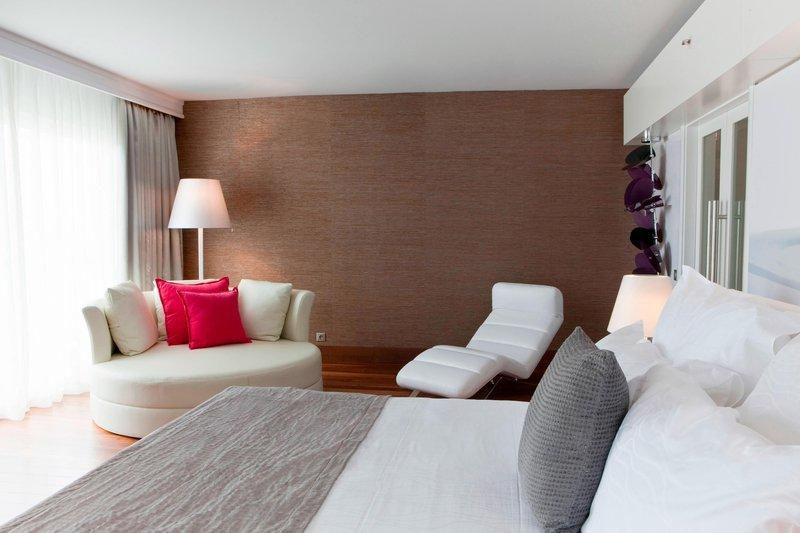 Le Meridien Noumea Resort & Spa-Presidential Suite - Bedroom<br/>Image from Leonardo