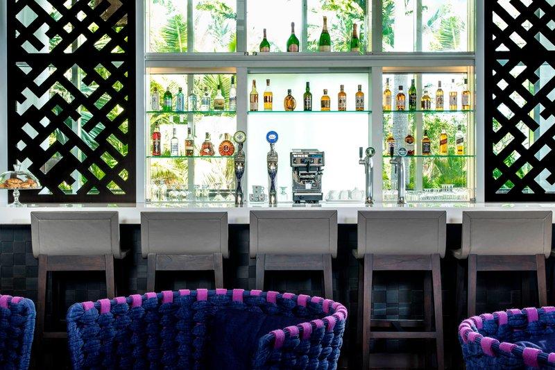 Le Meridien Noumea Resort & Spa-Latitude Bar<br/>Image from Leonardo