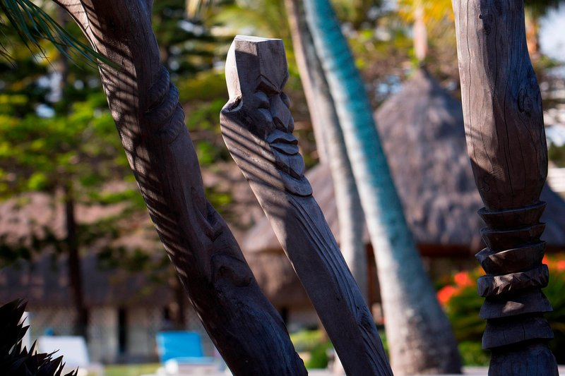 Le Meridien Noumea Resort & Spa-Totems by Pool<br/>Image from Leonardo