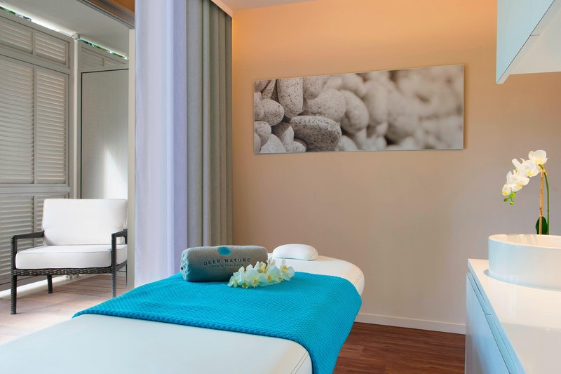 Le Meridien Noumea Resort & Spa-Deep Nature Spa - Single Treatment Room<br/>Image from Leonardo