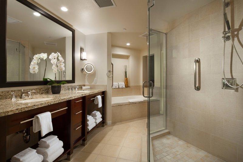 Westin Mission Hills Villas-Villa - Master Bathroom<br/>Image from Leonardo