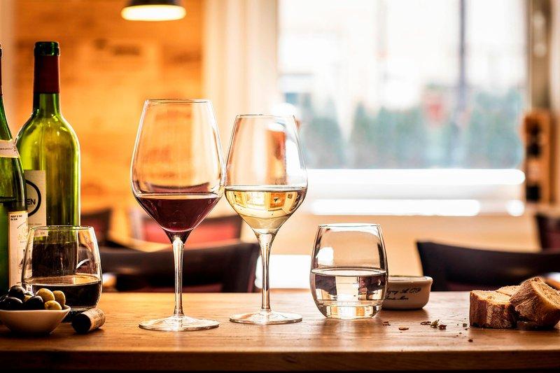 Le Meridien Stuttgart-Wine Evenings<br/>Image from Leonardo