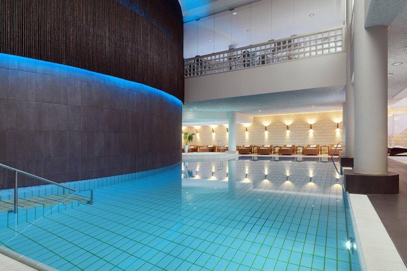 Le Meridien Stuttgart-Le SPA Pool<br/>Image from Leonardo
