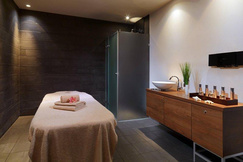 Le Meridien Stuttgart-Le SPA Treatment Room<br/>Image from Leonardo