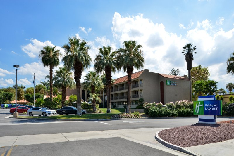 Holiday Inn Express Palm Desert-Centrally Located Right In The Heart Of The Palm Springs Valley<br/>Image from Leonardo