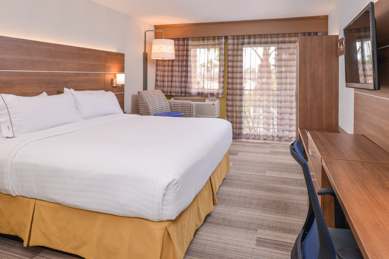 Holiday Inn Express Palm Desert-Welcome Home<br/>Image from Leonardo