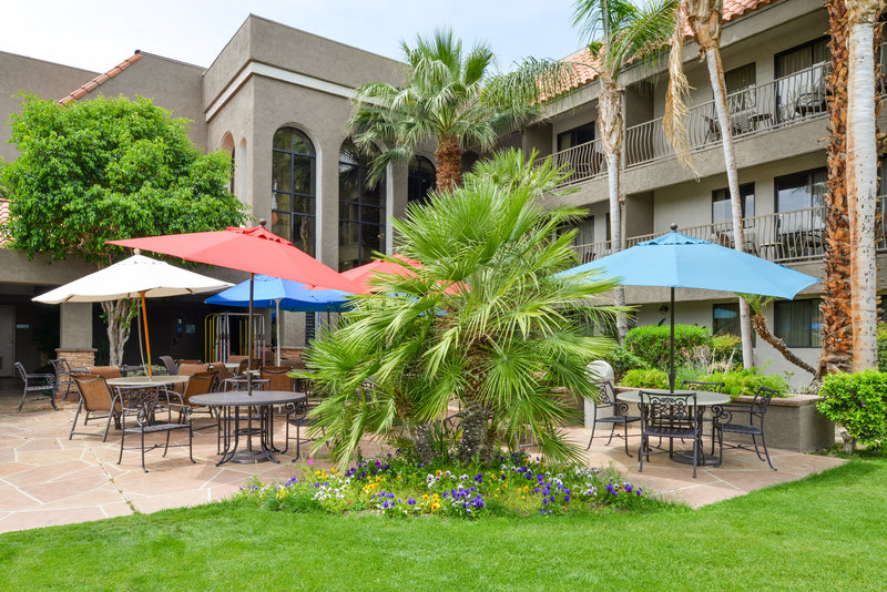 Holiday Inn Express Palm Desert-Outdoor Guest Dining Area<br/>Image from Leonardo
