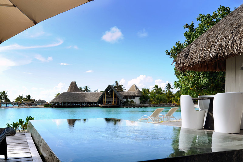 Le Meridien Bora Bora - Suite and Villa - Deck with Pool <br/>Image from Leonardo