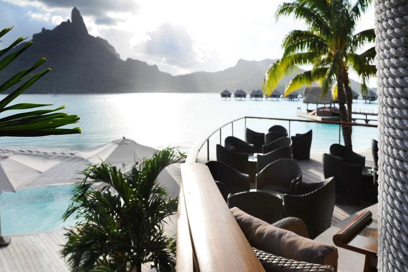 Le Meridien Bora Bora - Miki Miki Bar <br/>Image from Leonardo