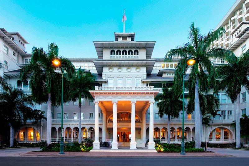 Moana Surfrider, A Westin Resort & Spa, Waikiki Beach - Porte Cochere <br/>Image from Leonardo