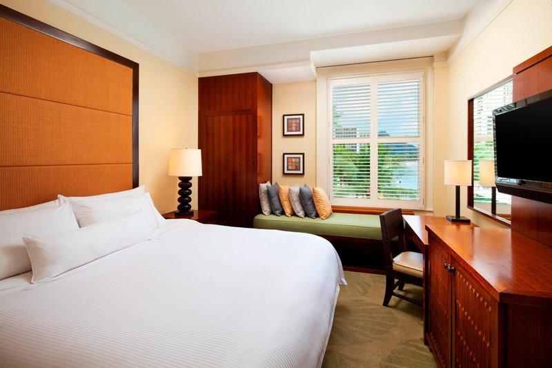 Moana Surfrider, A Westin Resort & Spa, Waikiki Beach - Banyan Classic Ocean Club Guest Room <br/>Image from Leonardo