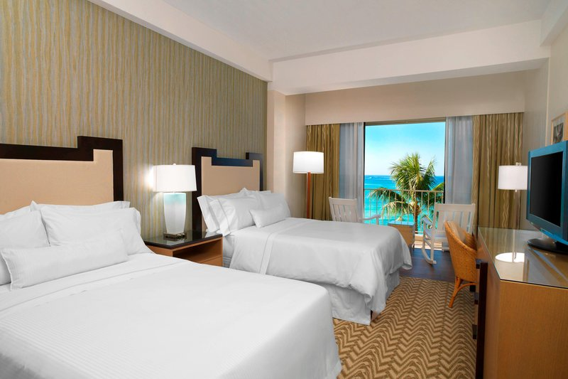 Moana Surfrider, A Westin Resort & Spa, Waikiki Beach - Diamond Ocean View Guest Room <br/>Image from Leonardo