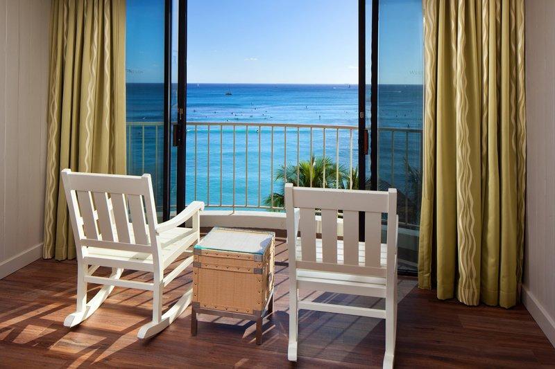 Moana Surfrider, A Westin Resort & Spa, Waikiki Beach - Diamond Ocean Front Guest Room <br/>Image from Leonardo