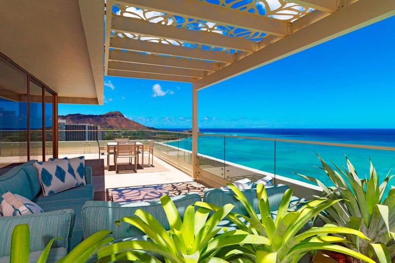 Moana Surfrider, A Westin Resort & Spa, Waikiki Beach - Penthouse Suite110 - Diamond Head Facing Lanai <br/>Image from Leonardo