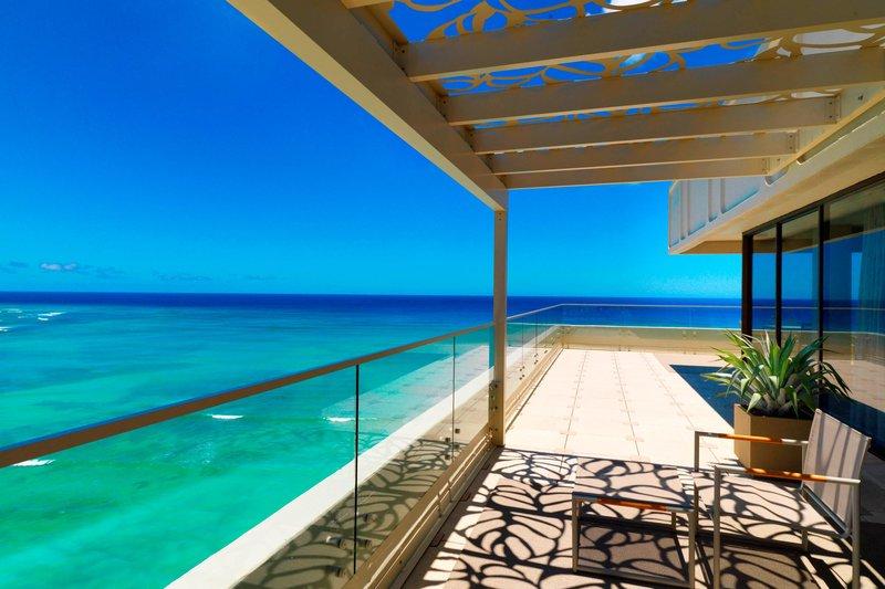 Moana Surfrider, A Westin Resort & Spa, Waikiki Beach - Penthouse Suite110 - Lanai <br/>Image from Leonardo