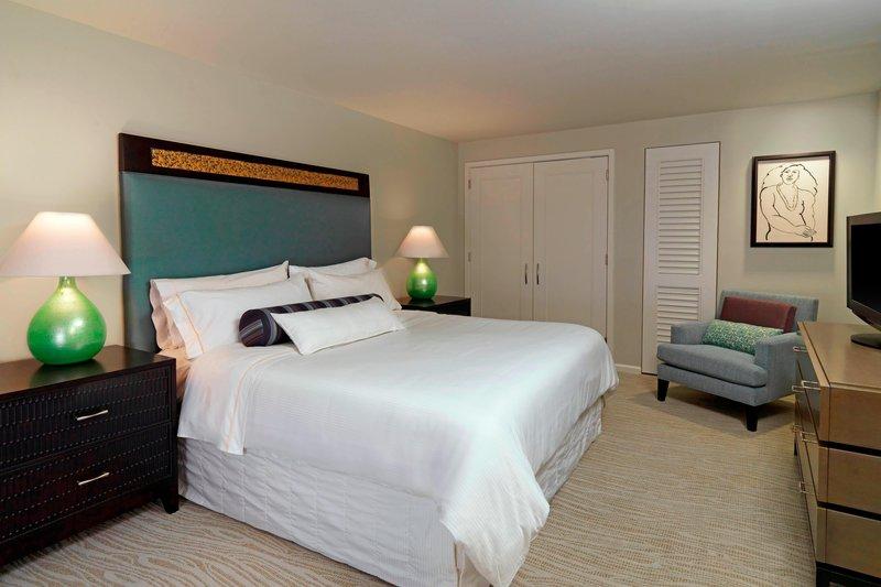 Moana Surfrider, A Westin Resort & Spa, Waikiki Beach - Penthouse Suite <br/>Image from Leonardo