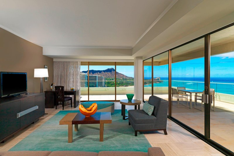Moana Surfrider, A Westin Resort & Spa, Waikiki Beach - Penthouse Suite110 - Living Room <br/>Image from Leonardo