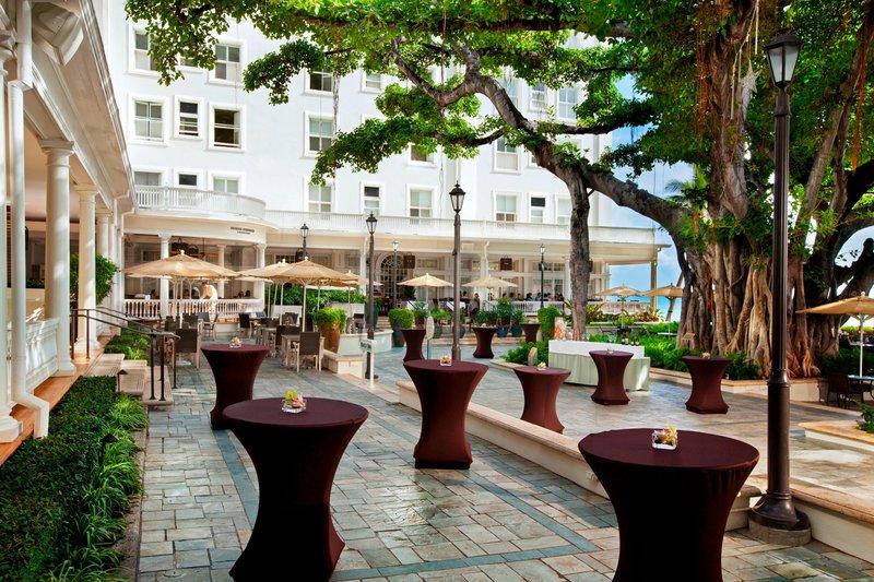 Moana Surfrider, A Westin Resort & Spa, Waikiki Beach - Banyan Courtyard <br/>Image from Leonardo