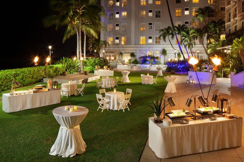 Moana Surfrider, A Westin Resort & Spa, Waikiki Beach - Diamond Lawn Reception <br/>Image from Leonardo