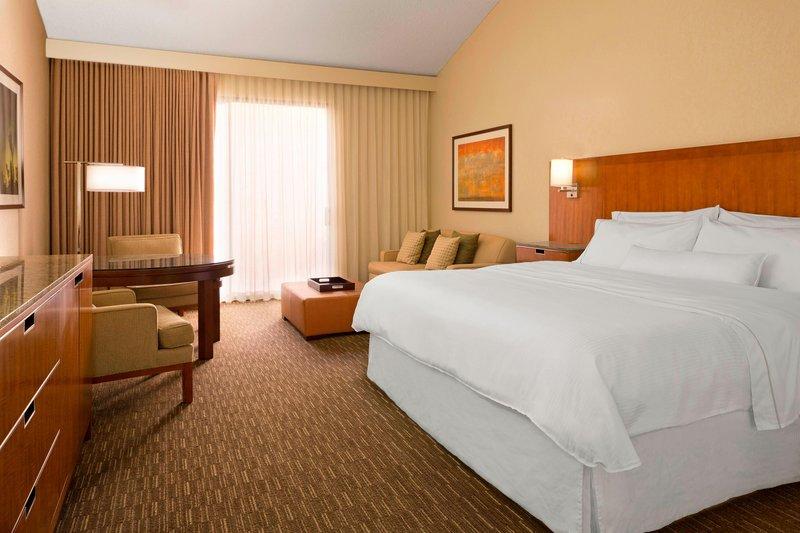 Westin Mission Hills Golf Resort-King Guest Room<br/>Image from Leonardo