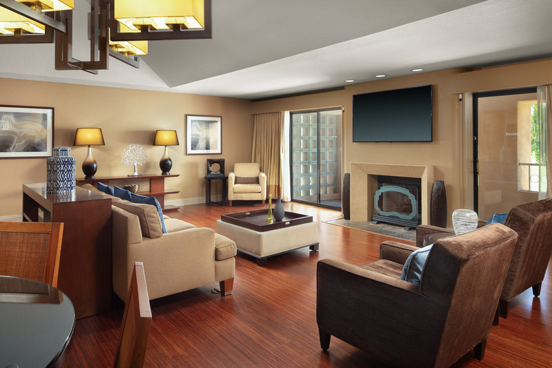 Westin Mission Hills Golf Resort-Chairman Suite Living Room<br/>Image from Leonardo