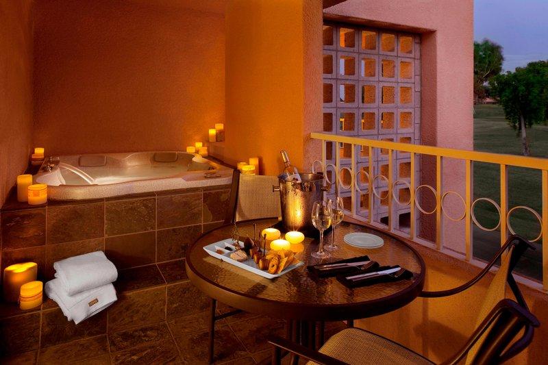Westin Mission Hills Golf Resort-Chairman Suite - Bathroom<br/>Image from Leonardo