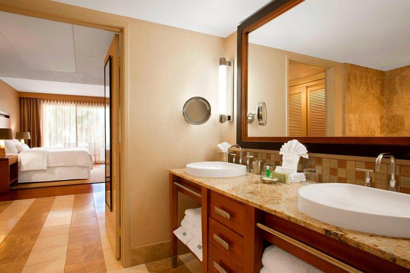 Westin Mission Hills Golf Resort-Presidential Suite - Bathroom<br/>Image from Leonardo