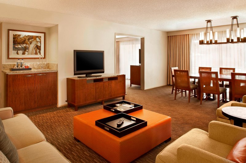 Westin Mission Hills Golf Resort-Deluxe Suite Living Area<br/>Image from Leonardo