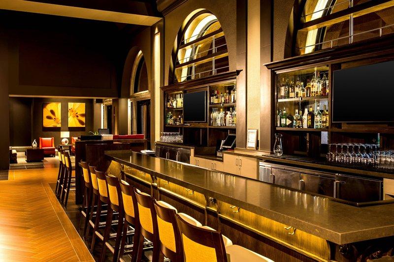 Westin Mission Hills Golf Resort-Pinzimini Bar<br/>Image from Leonardo
